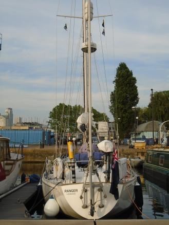 Berth in South Dock London
